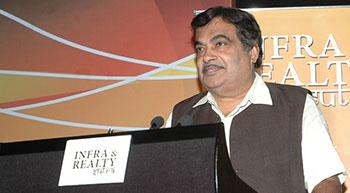 Gadkari tells highway engineers to eliminate accident spots
