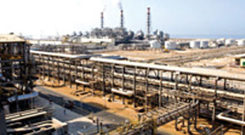 HPCL, GAIL sign pact with AP for Rs.40,000-crore petro project