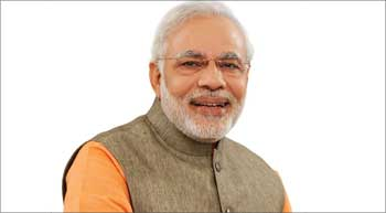 PM reviews infra performance, calls for adherence to deadlines