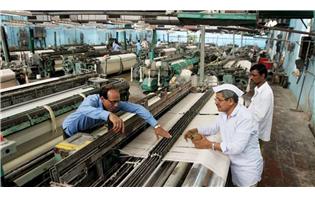 GujaratÂ's textile sector demands low electricity tariff