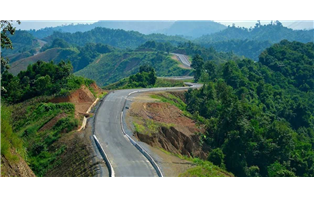 Gadkari Lays Foundation for 9 Highway Projects in Tripura