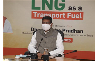 Pradhan Urges Campaign to Disseminate Benefits of LNG as Fuel