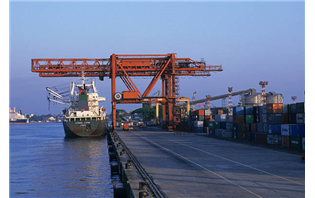 Govt to invite pvt investment in 400 ports worth Rs 2 lakh cr